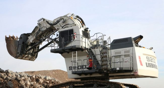 liebherr-mining-excavator-r9200-face-shovel-300dpi_Print